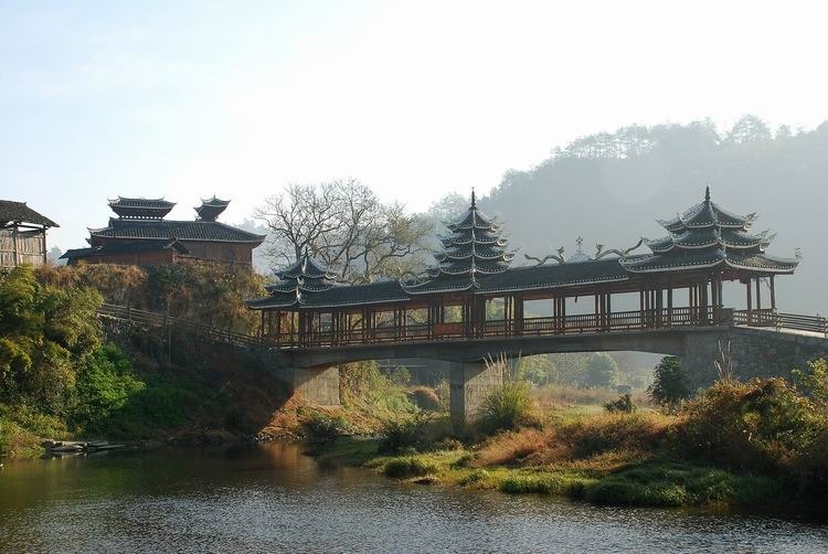《风雨桥》(摄影:吴志勇)