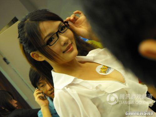 女秘书图片办公室短裙女秘书勾魂女秘书性感眼镜mm