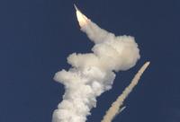 高清:印度新型通信卫星发射升空后爆炸