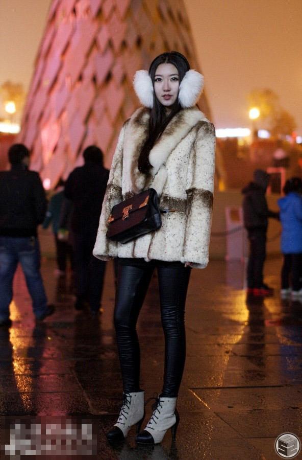 西安冬季街拍第二季 美女帅哥齐上阵