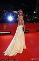 高清:柏林电影节红毯 黛安克鲁格秀全裸美背