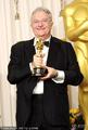 高清:迪·纽曼凭借《玩具总动员3》获最佳歌曲