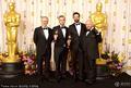 高清:《国王的演讲》获最佳影片 众演员秀奖杯