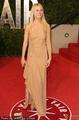 高清:格温妮丝·帕特洛肉色长裙尽显性感高贵