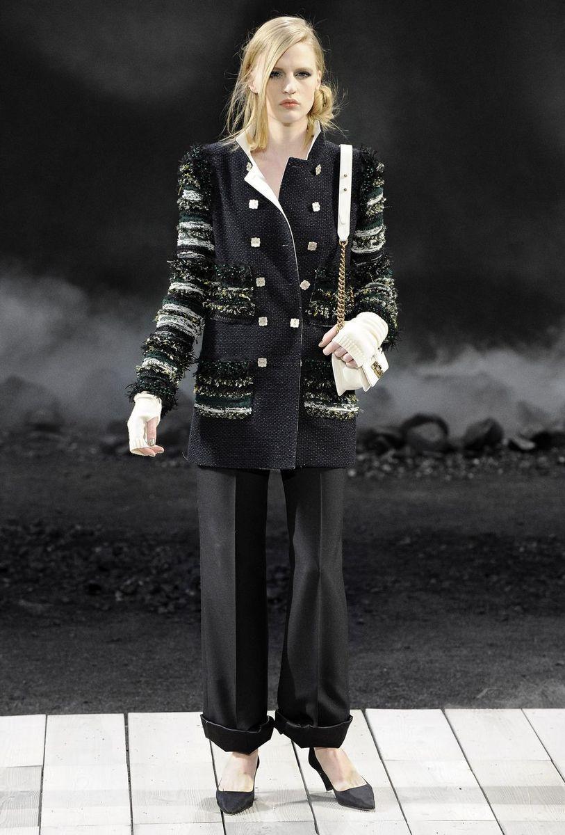 CHANEL 2011秋冬成衣秀场图片