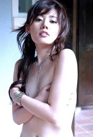 回家的诱惑 女主角秋瓷炫陷不雅照风波