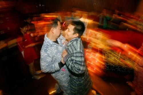 睡衣派对燃情江城星级酒店优秀试睡员出炉广告大片视频情趣内衣图片