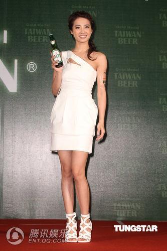 蔡依林代言台湾啤酒-蔡依林称与周杰伦不同台 羡慕姐姐自爆喜欢小孩