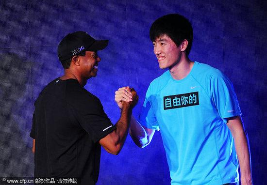 刘翔欲与伍兹切磋乒乓球 笑称大家都是技术流