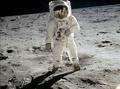组图:人类登月45周年 珍贵图片曝光