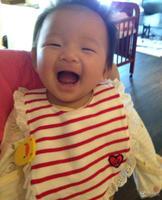 汪小菲晒全家福:女儿跟我老婆小时候一模一样 - 何记茶轩 - 何记茶轩
