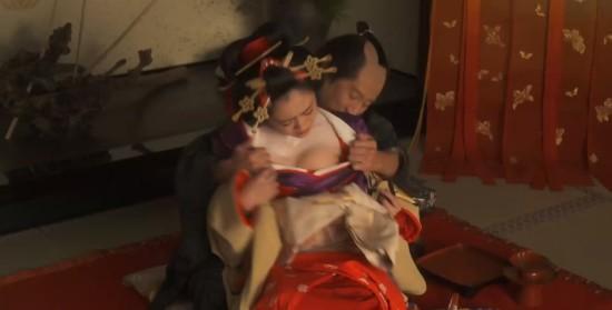 日本三级小�_32岁日本女星安达佑实出演三级片