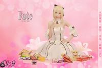 图库 缤纷/《Fate系列》白Saber Lily吃货版COS
