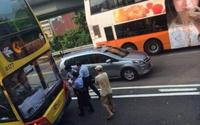 这不是演戏!吴镇宇房车与巴士相撞 - 何记茶轩 - 何记茶轩