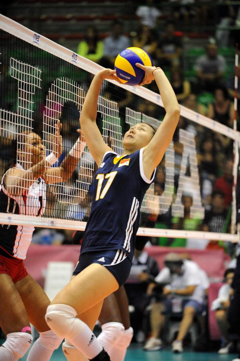 中国女排队员在比赛中高清图片