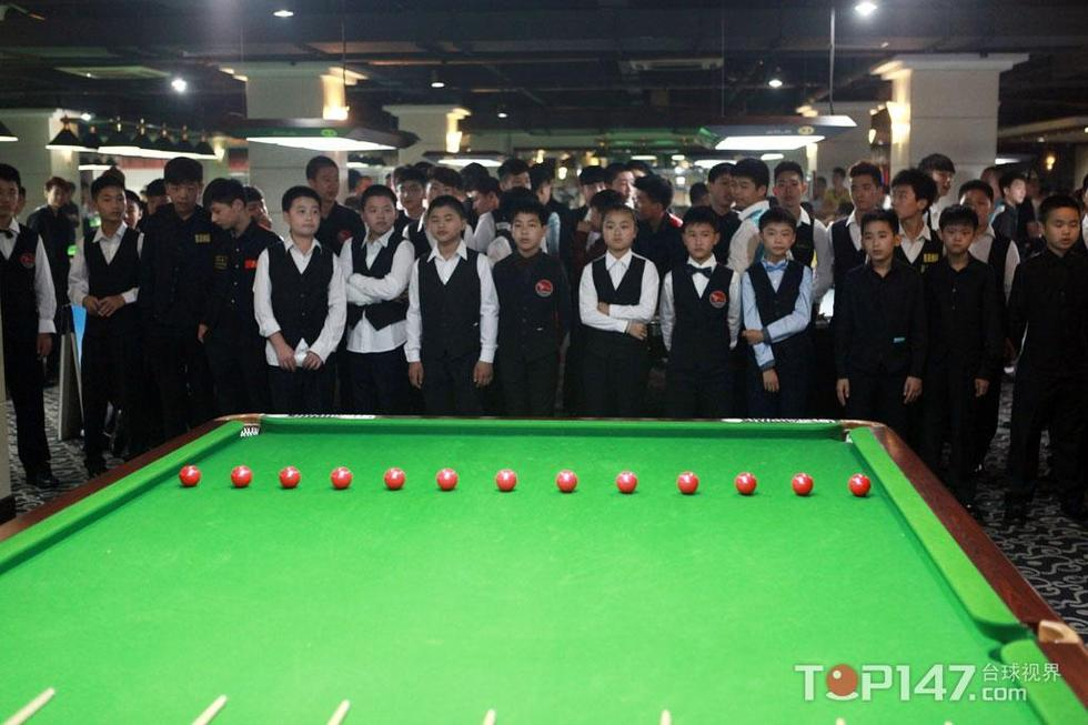 top147.com海宁讯,北京时间8月5日,2014中国青少年斯诺克图片