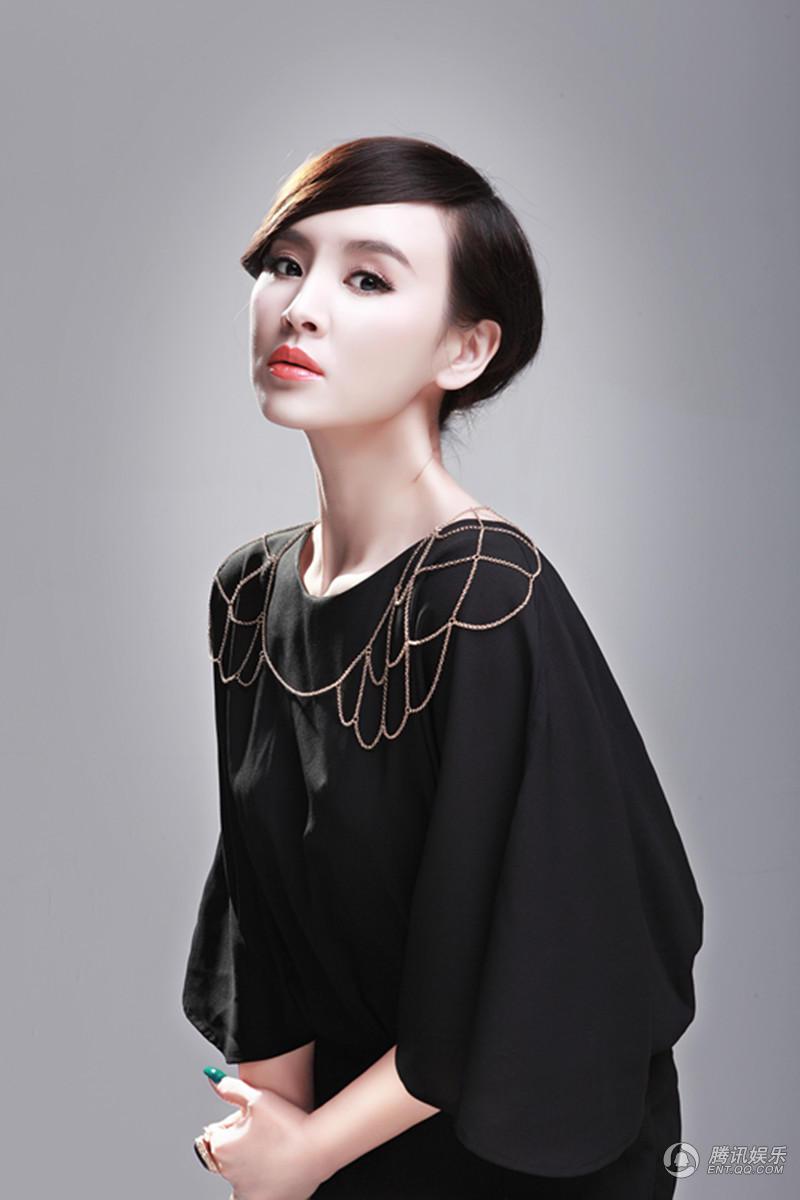 高清 王晶发布高贵气质写真 诠释大气女王范
