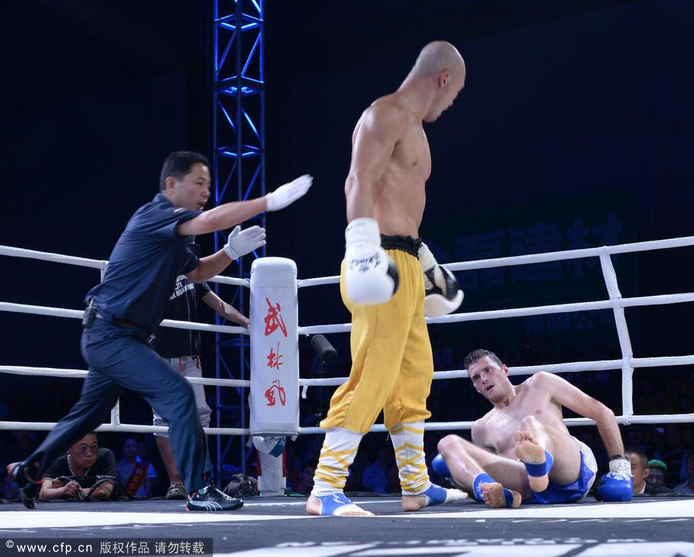 一龙击溃法国巨人 一周两度KO强劲对手