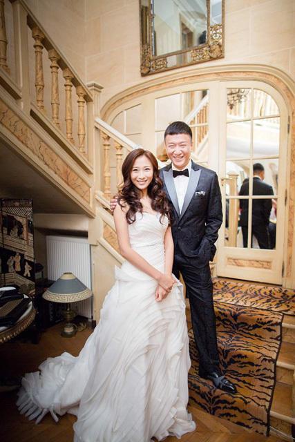 孙红雷老牛吃嫩草,娶小14岁女友,来看看婚纱照