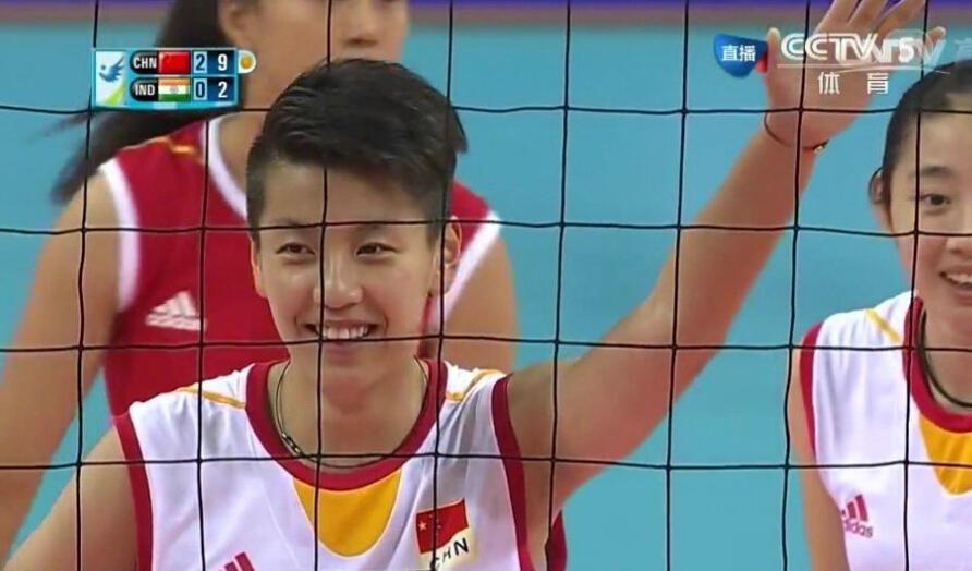 成都妹子亚运走红 被赞中国女排最帅队员 高清图片