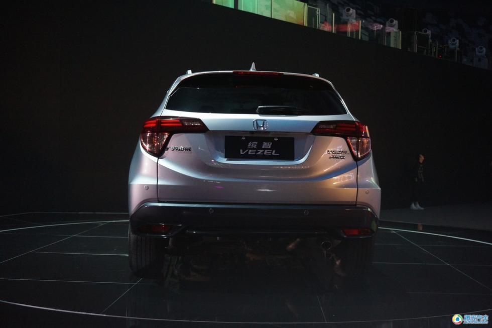 10月25日,广汽本田全新小型SUV车型缤智正式上市,售价为12.88-高清图片