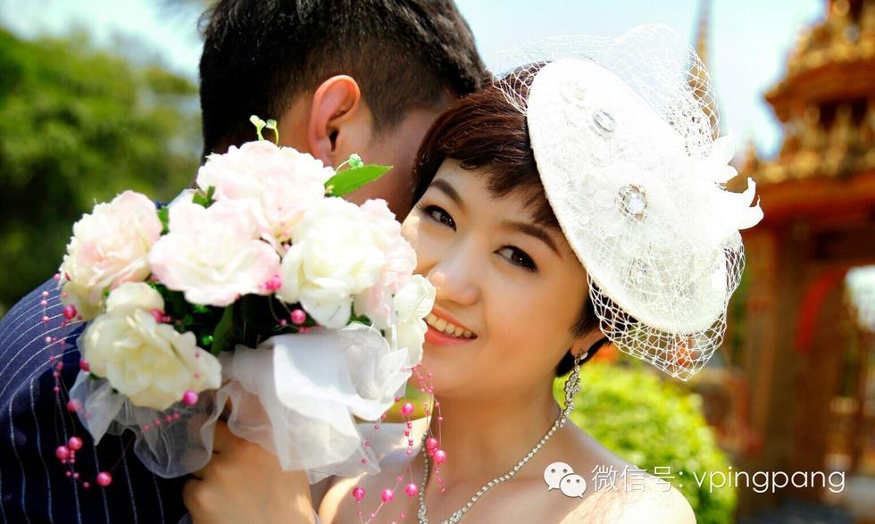 何艺纱的男朋友-拍唯美婚纱照 男友单膝跪地求婚图片