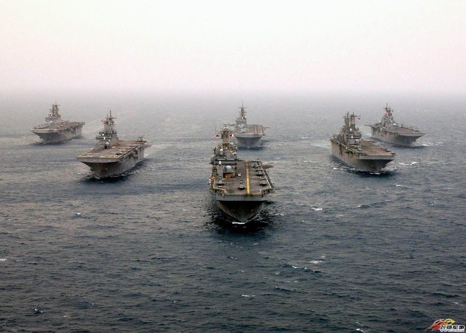 美国两栖舰队群
