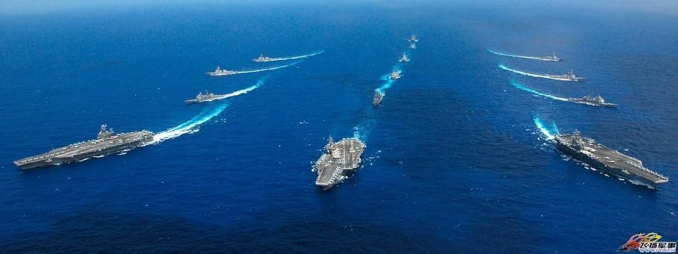美国航母集群编队