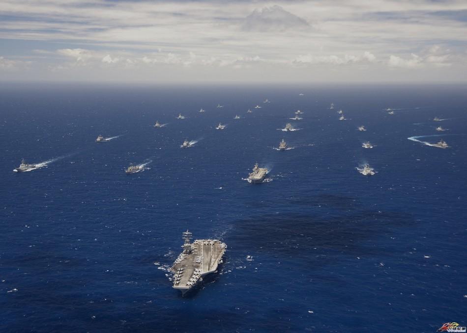 美国航母编队