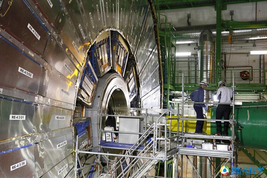 年至2012年间的对撞数据.对撞机预计在2015年春季重启,届时