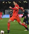 高清-国际米兰0-1巴黎 伊布错失良机铁腰绝杀
