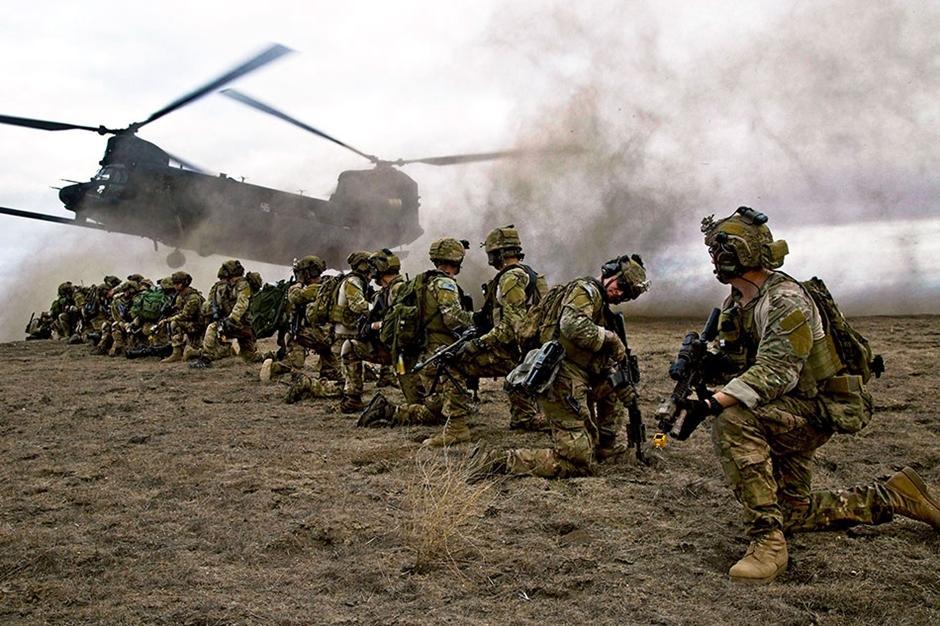 美军年度精彩照片