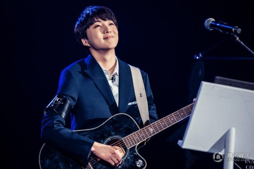 ...讯娱乐讯 韩国组合WINNER在上海举办