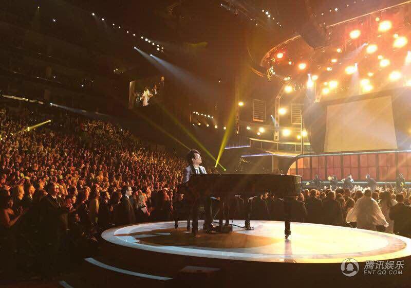 第57届格莱美现场 郎朗登台助阵欧美大热单曲
