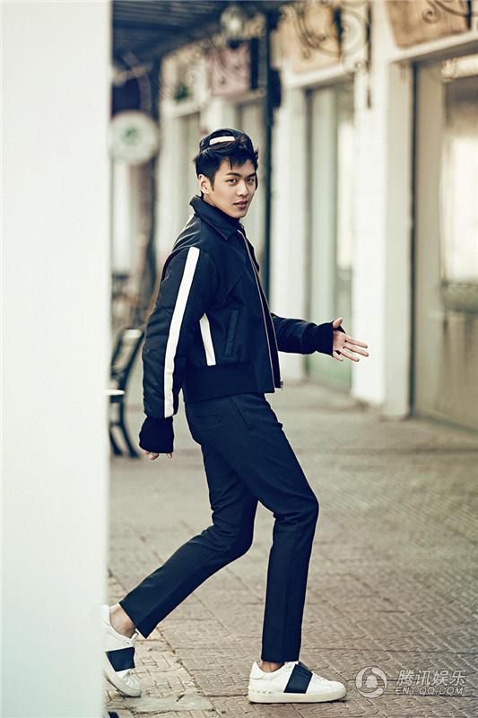 高清 张若昀最新街拍 长腿偶吧酷帅养眼图片
