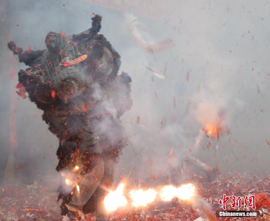 各地举行活动欢度元宵节 南京夫子庙人山人海2015.3.6 - fpdlgswmx - fpdlgswmx的博客