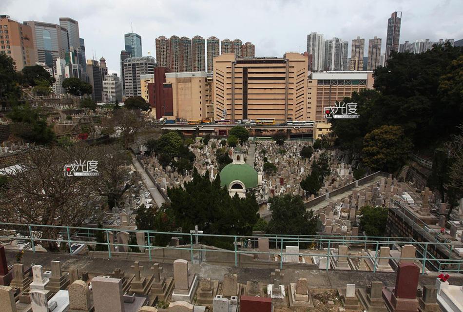 年3月30日,香港跑马地天主教坟场,始建于19世纪40年代,根据