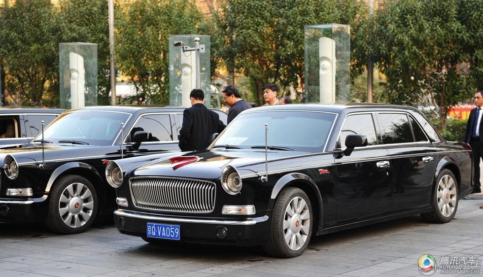 围观最贵汽车 中国赠红旗l5用于白俄阅兵式高清图片