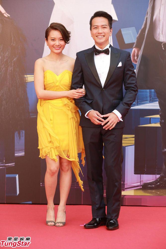 4届香港金像奖颁奖典礼红毯仪式举行,图为红毯主持人登场.-第34