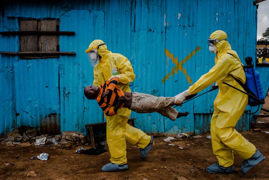 2015年普利策奖专题摄影:西非埃博拉疫情(图)