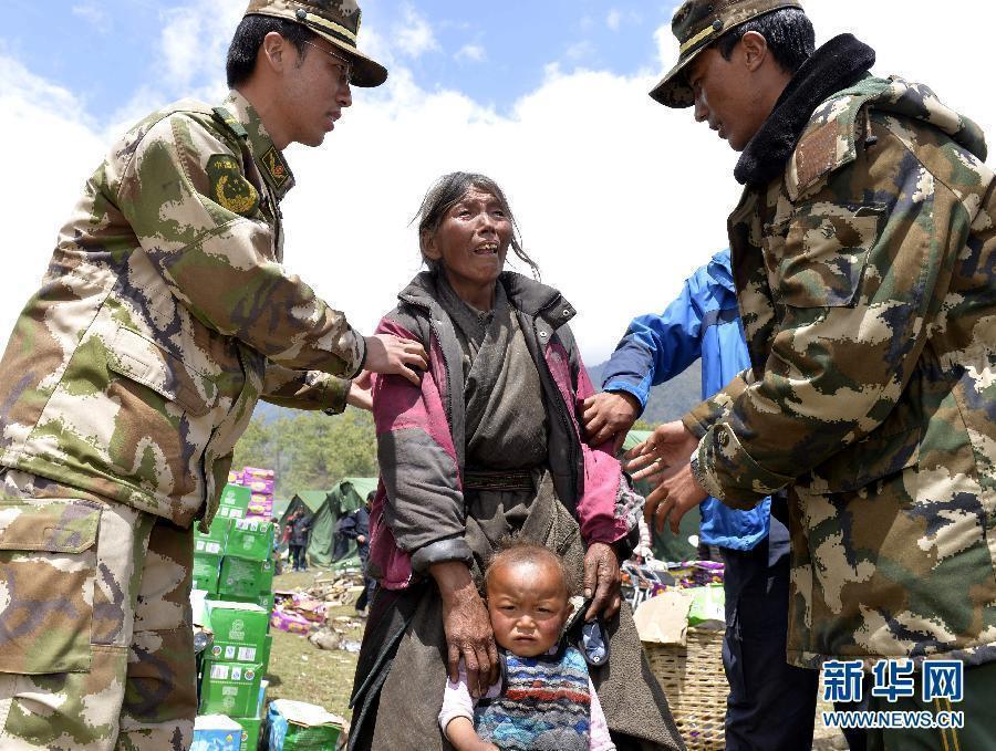 解放军紧急出动1500多名官兵驰援灾区2015.4.27 - fpdlgswmx - fpdlgswmx的博客