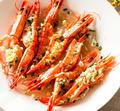 每次吃虾都是需要抢着吃的节奏