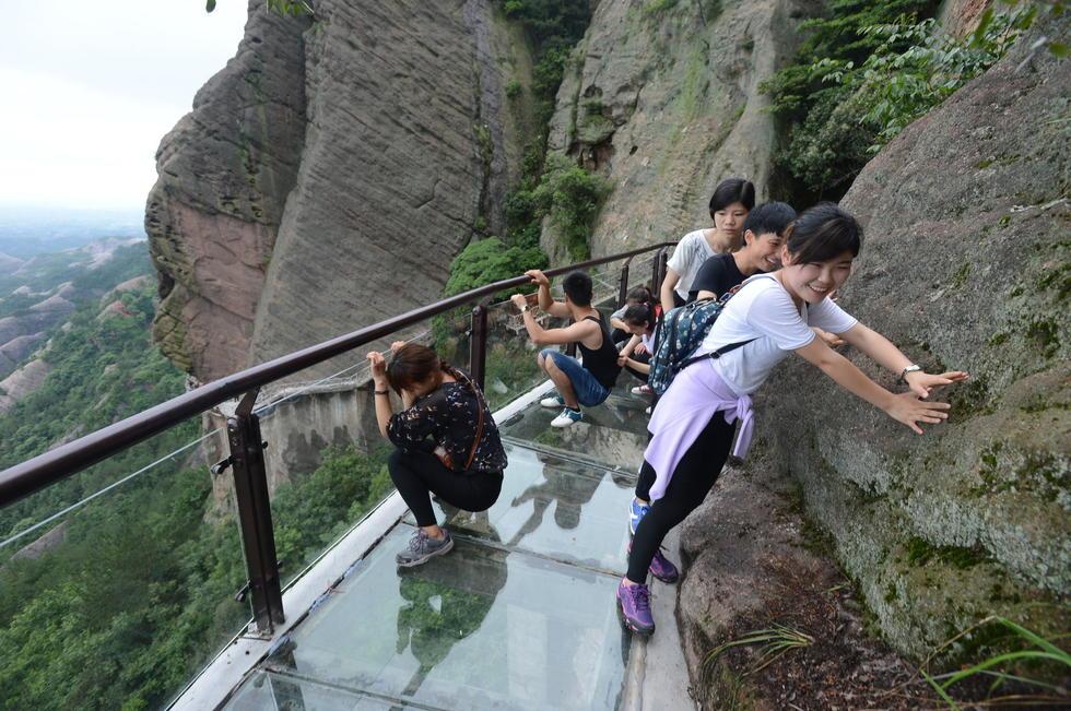湖南300米高音乐玻璃栈道亮相2015.5.28 - fpdlgswmx - fpdlgswmx的博客