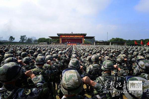 """第三届""""爱媒·讲""""未来媒体人体验营在天津闭营"""