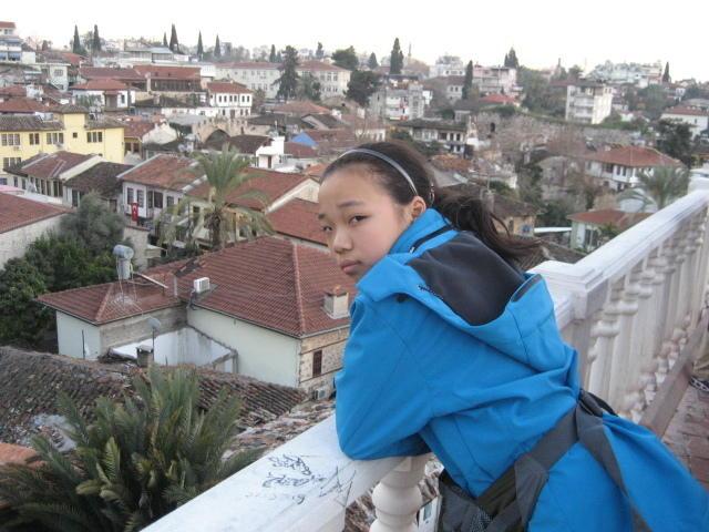 北师大二附中女孩蔡雨玹以699分的成绩问鼎北京高考文科.这位腼