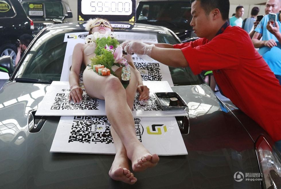 """2015沈阳车展疯玩""""人体盛寿司宴""""2015.6.29 - fpdlgswmx - fpdlgswmx的博客"""