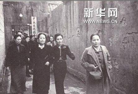 宋氏三姐妹罕见合影图片