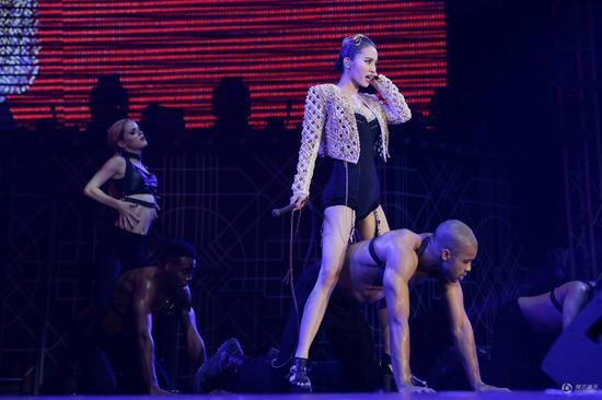 蔡依林北京演唱会门票提前售罄 本周六上演限制级性感