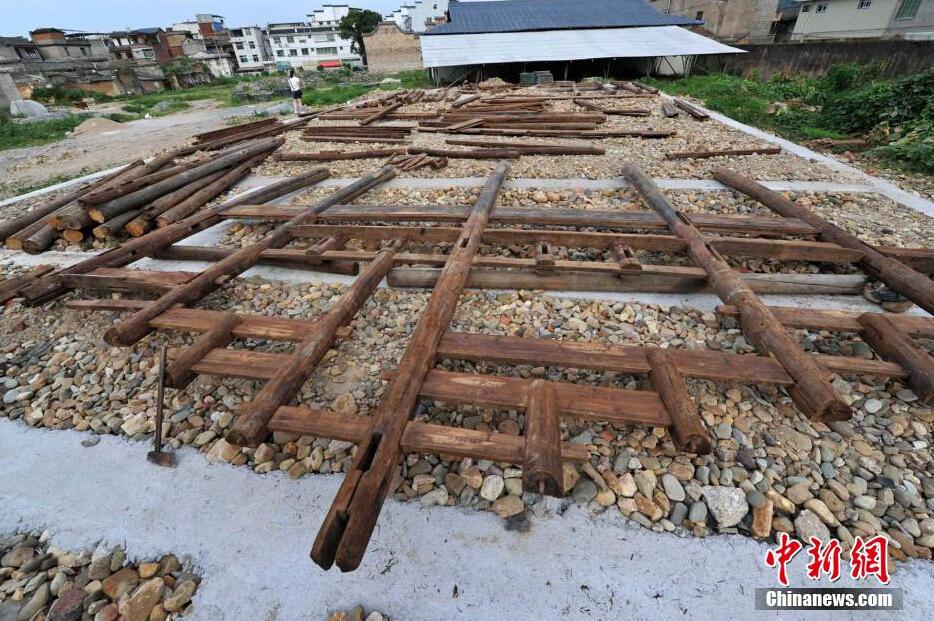 成龙捐赠古建筑在福建长汀组装重建2015.7.15 - fpdlgswmx - fpdlgswmx的博客
