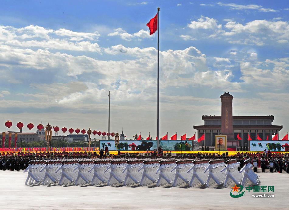 军方公开人民军队威武画面 国家钢铁长城